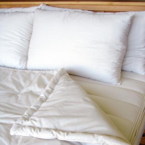 Holy Lamb Organics Natural Wool Comforter HLO