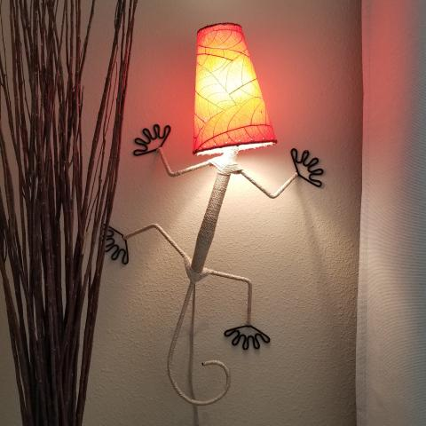 Eangee Gecko Wall Sconce Lamp