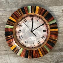 Eangee Multicolor Clock