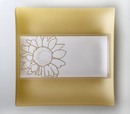 Riverside Design 5x10 Sunflower Plates with Purpose